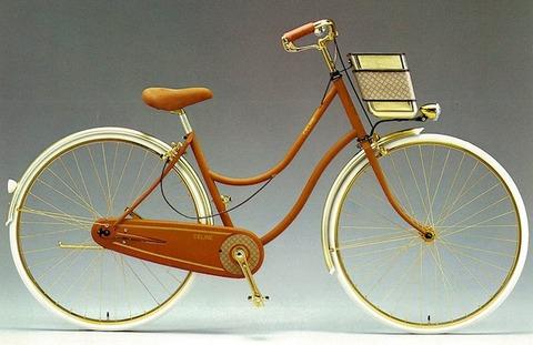 200万円もらえるけど自転車に乗るたびに古畑任三郎登場のテーマが流れるようになるボタン