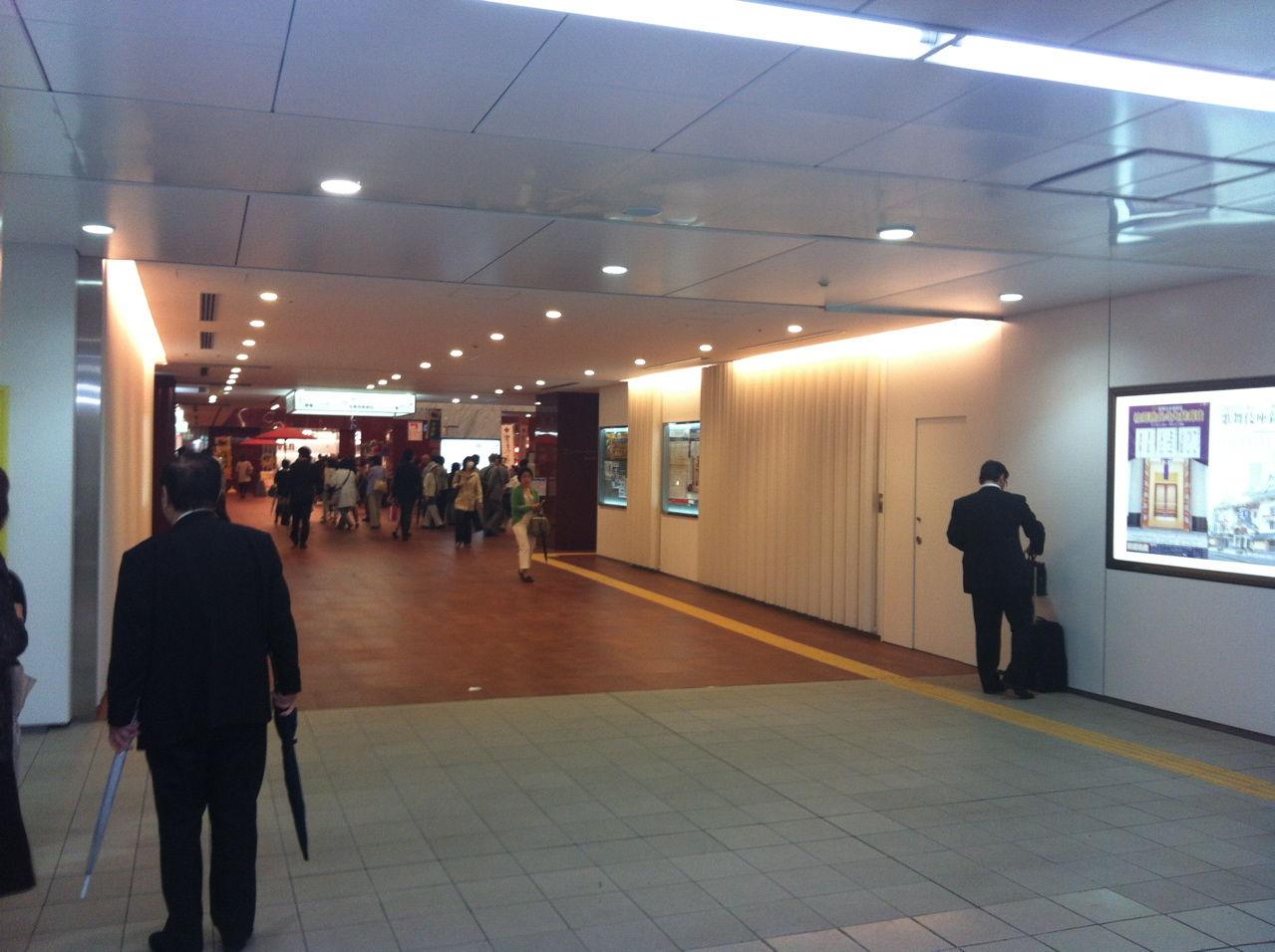 東銀座駅から直結