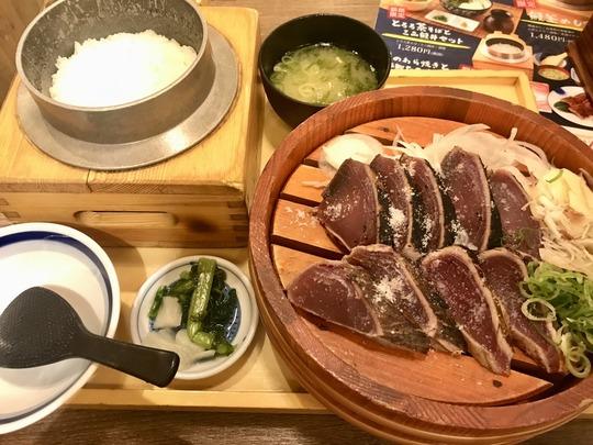 鰹の塩たたき@土佐わら焼き 龍神丸 イオンモール四條畷店