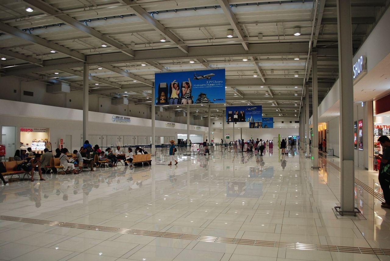 関空第二ターミナル構内