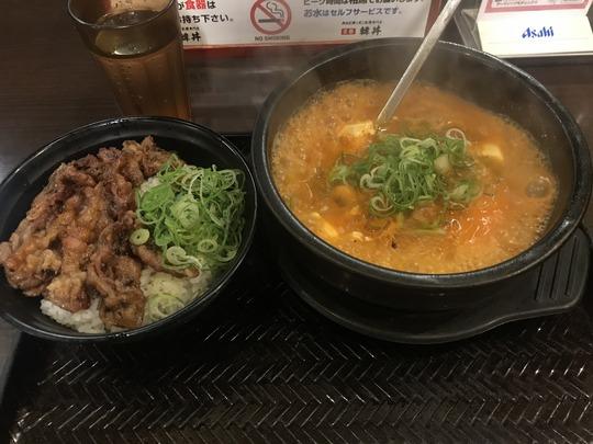 純豆腐(スンドゥブ)チゲ&カルビ丼@「韓丼」新堀川本店