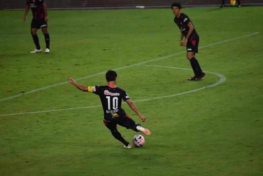 清武選手の直接FK