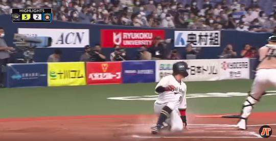 24_杉本勝ち越し2点適時打-04