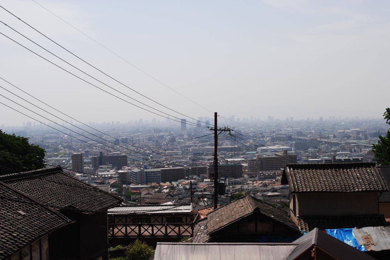 市街地から大阪平野が一望