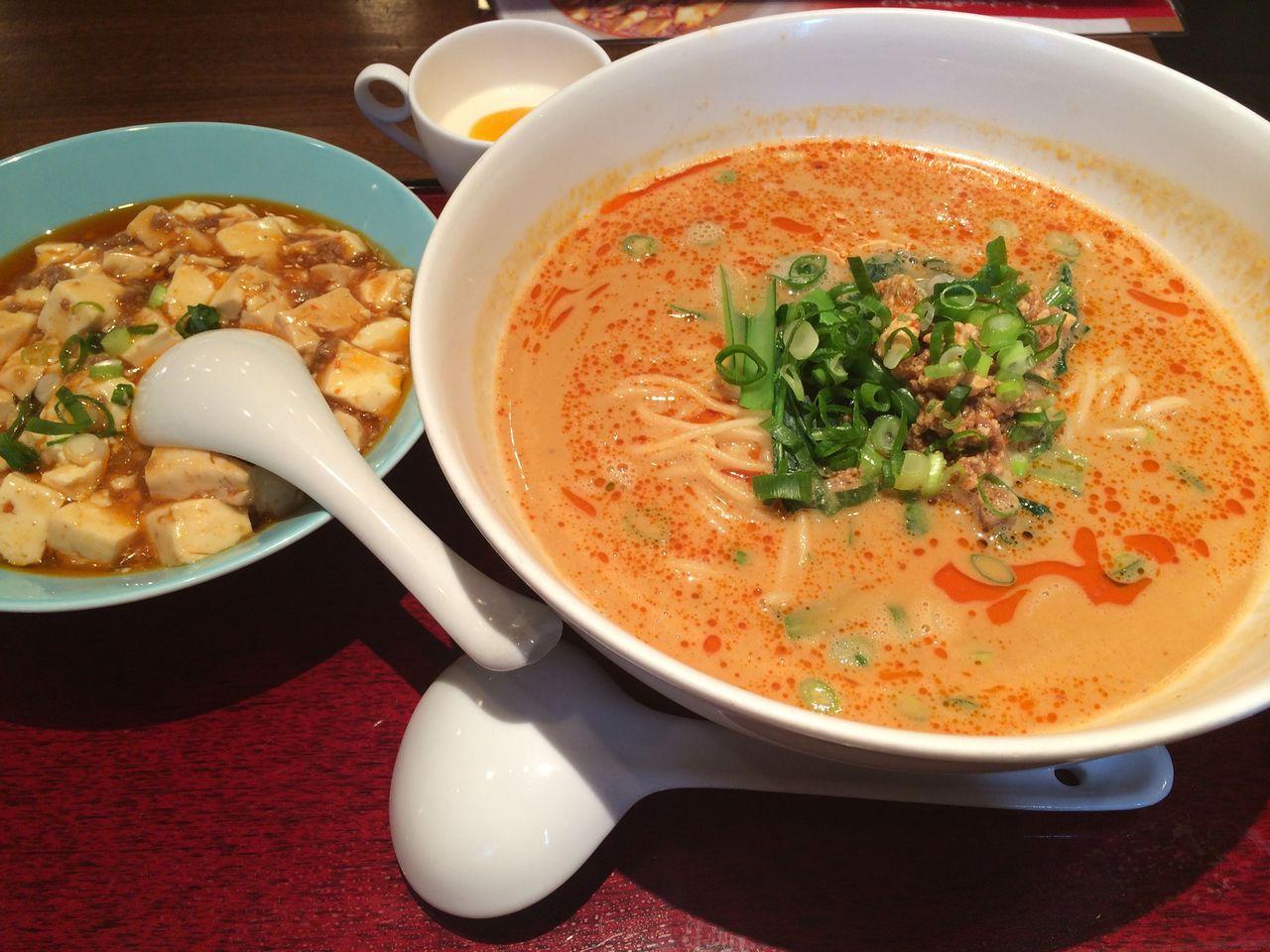 白胡麻担々麺+麻婆丼Set