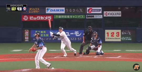 01_T-岡田先制打-2