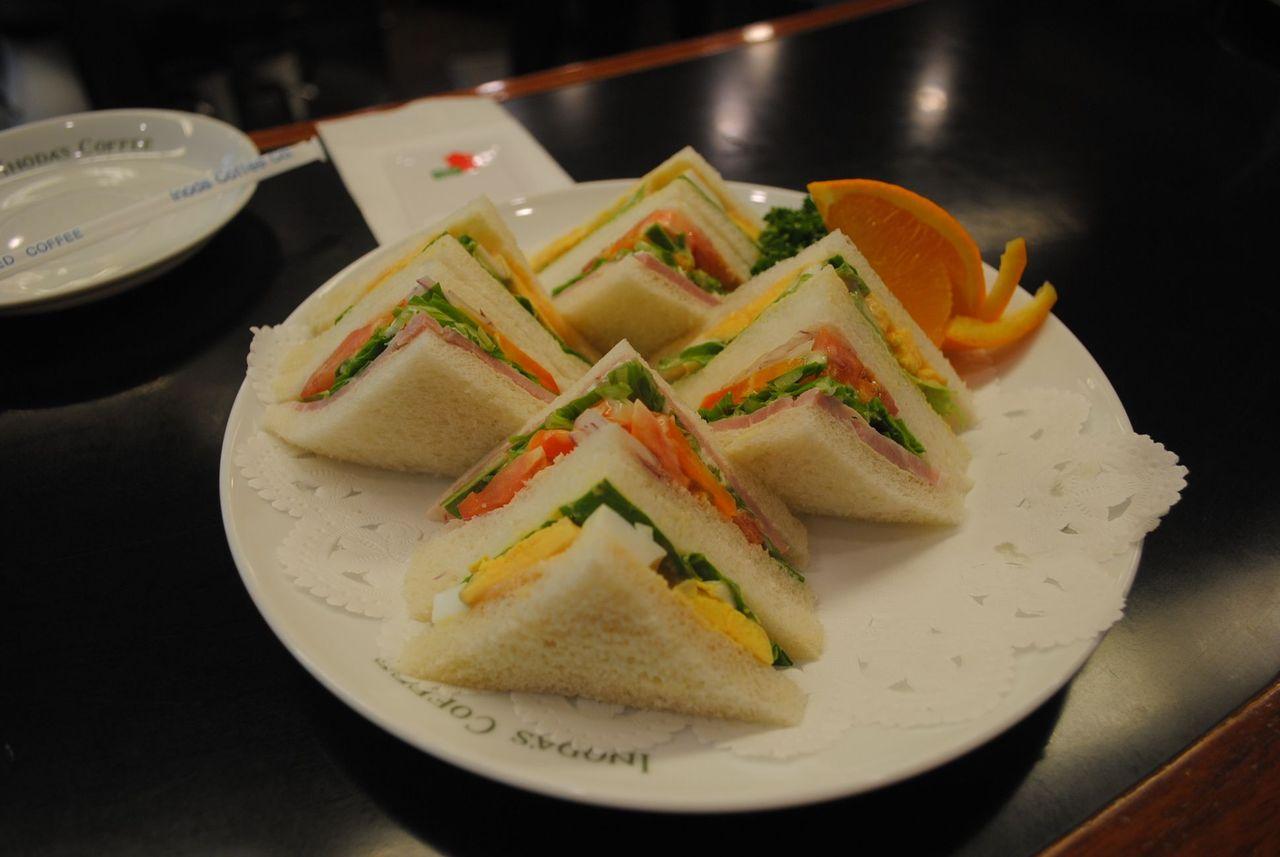 ham egg sandwich - inoda coffee