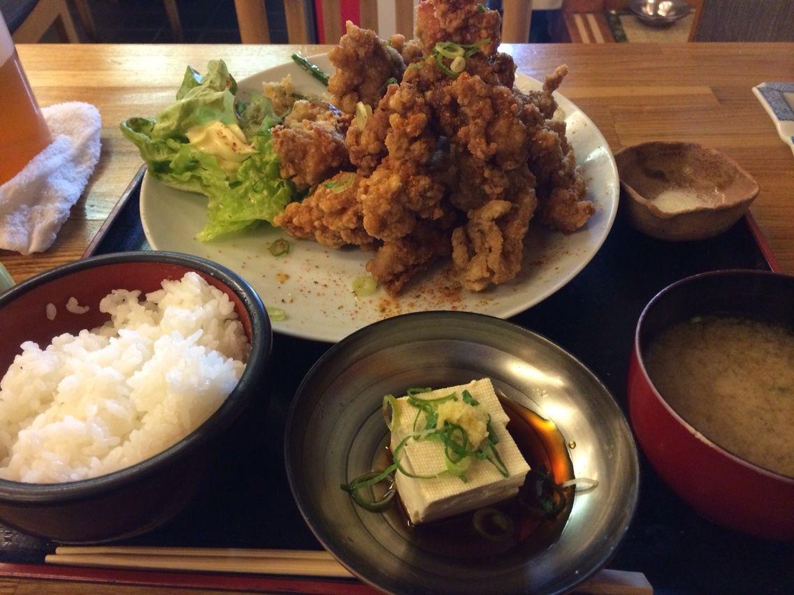唐揚げマウンテン定食@田ごと(大阪駅前第三ビルB1)