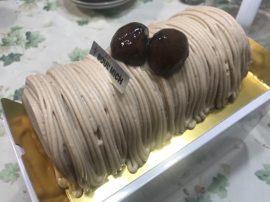 【洋生菓子】銀座「ブールミッシュ(BOUL'MICH)」のモンブランロールケーキ