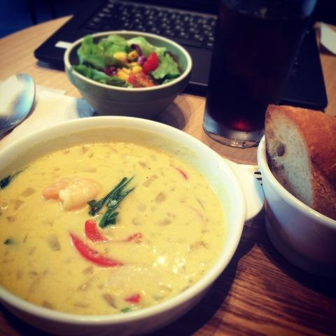 151109海老のエスニック豆乳スープ