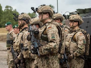 bg-11-panzergrenadiergruppe-vor-spz-puma-1024