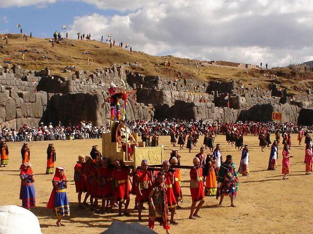 1024px-Inti_Raymi