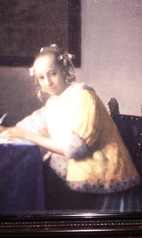 のんびり・ぽかぽか Tea Room ☆.。.:*・゚☆-手紙を書く女