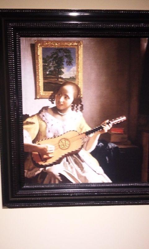 のんびり・ぽかぽか Tea Room ☆.。.:*・゚☆-ギターを弾く女