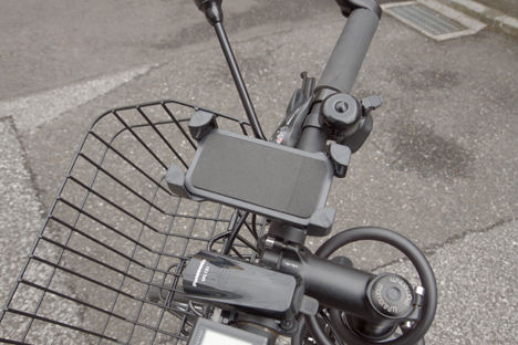 クロスバイクのスマホホルダーを買い替え4