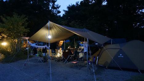 キャンプで一番気持ちのいい空間は?14