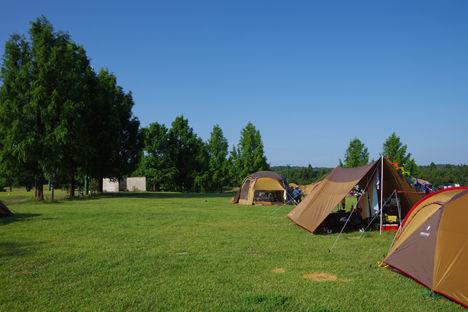 炎天下の撤収はテントから!タープの効果は大きいです。