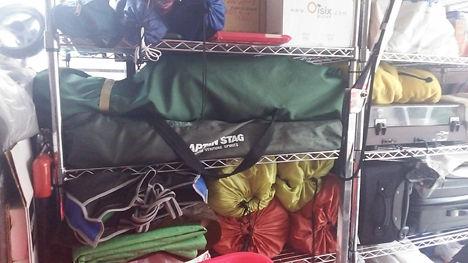 増え続けるキャンプ用品の収納、片付けるたびに変わります。5