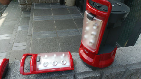 コールマンのクアッドLEDランタン、メンテナンスには100円ショップの充電池がお薦め!