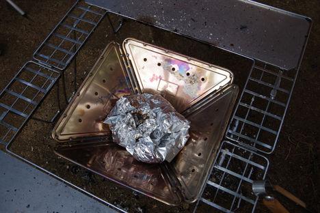 スノーピークの焚き火台、洗わなくても拭き拭きだけでOK6