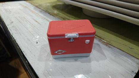 コ-ルマンの史上最少のクーラーボックスを購入!4