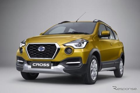 日産が新型クロスオーバー車「クロス」を発表