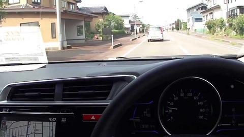 俺の車(DCT)を運転したときのMT乗り知人A「うわっ!こええ!エンストしそう!」