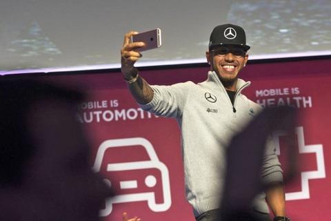 【F1】ルイス・ハミルトン「自動運転車によって自分が仕事を奪われる心配はない」