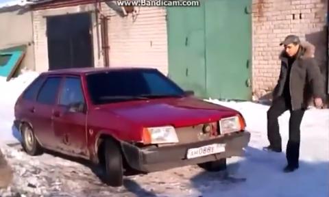 【衝撃ロシア】この後、怒り狂った男が、この車を一瞬でこっぱみじんにする!!ありえねえ!!!