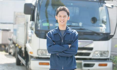 何故、若者は運送業(トラックドライバー)になりたがらないのか