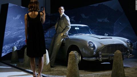 【007】アストン・マーチンのボンドカーDB5、3.5億円で限定25台発売  ただし、公道走行不可