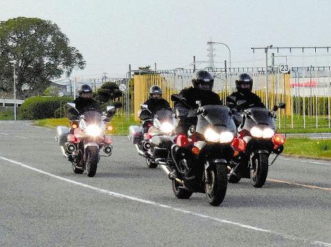 【社会】まず逃れられない…県警の黒塗りバイク「黒豹」 和歌山
