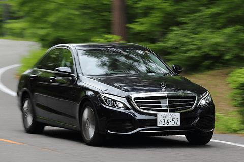 こんなにイキってるベンツが200万円台でほぼ新車が買えちゃうからね?