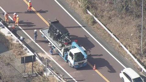 【三重】軽乗用車がガードレールに衝突20代男女2人死亡 ガードレールが車内にまで突き刺さる (事故車写真あり)  亀山