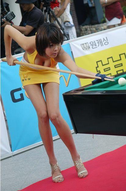 韓国さん「レースクイーンセクシービリヤード大会」なるものを開催