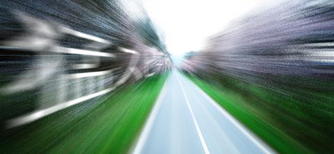 車好き「車で100キロ以上出す時の爽快感たまんねー」←これ