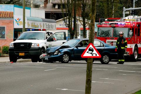 【自動車】自動運転車の事故「責任の所在」は? ドイツ「メーカー」、日本は「運転者」