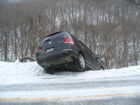 雪道の運転で気をつけること