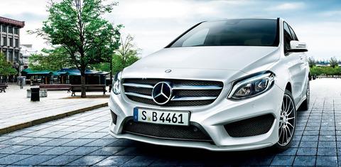 メルセデスベンツ新型Bクラスが発表、半自動運転に対応する
