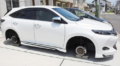 【佐賀】タイヤはどこに… 県東部、盗難相次ぐ 手口巧妙、高級車狙い打ち