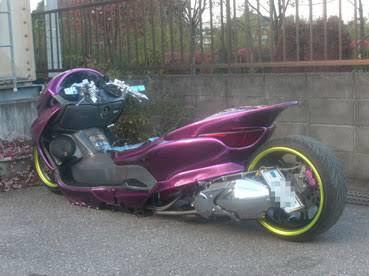 こういうバイクってめちゃくちゃカッコいいよなwwwwwwwwww