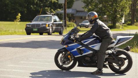 バイクのヘルメットって実際意味あるの?