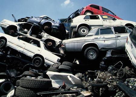 「さっさと廃車にしろ」と思う車