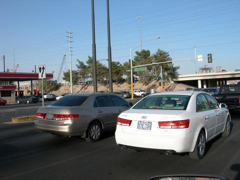 産経記者「米国のレンタカー屋でホンダ車借りようとしたら、ヒュンダイ車が出てきた」