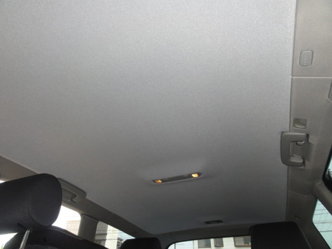 友達が車の天井さわると怒るタイプの人間なんだけど