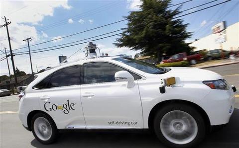 グーグルの自動運転車がバスに衝突 グーグル「責任は当社にある」