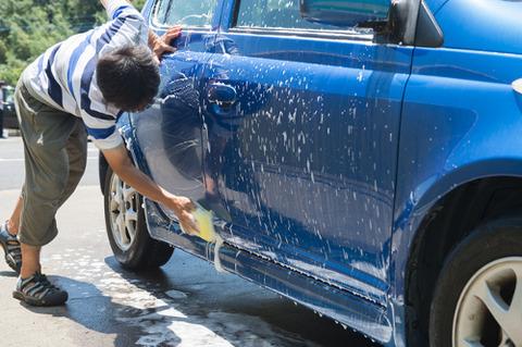 「車は道具」←わかる 「だから洗車なんか必要ない」←は?