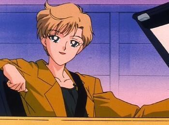 男「迎えに来たよ(キキーッ」女「(えっ…軽自動車…?)」