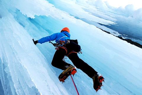 ice-climbing-4000385_1280