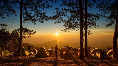 camping-4303357_640
